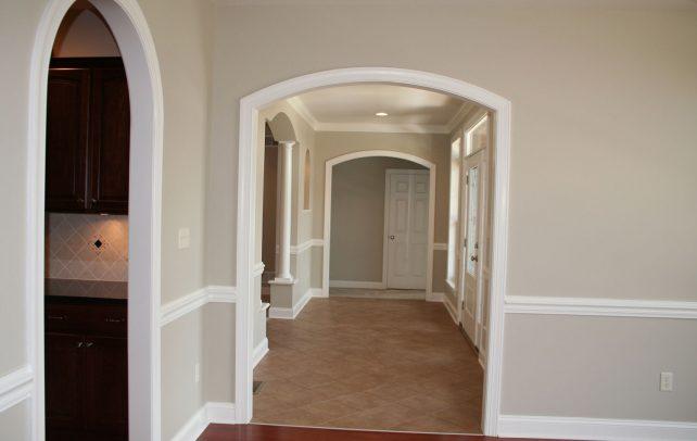 spacious-estate-hall